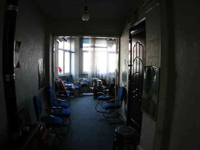 Fatih Fevzipaşa caddesinde Atikalide kiralık yazıhane