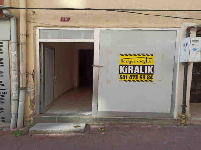 Fatih Kınalızade sokakta kiralık iş yeri dükkan