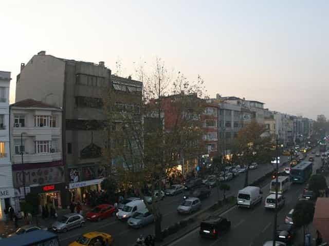 Fevzipaşa caddesinde han içinde kiralık ofis