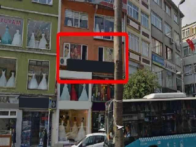 Fevzipaşa caddesinde kiralık 1.kat işyeri ofis